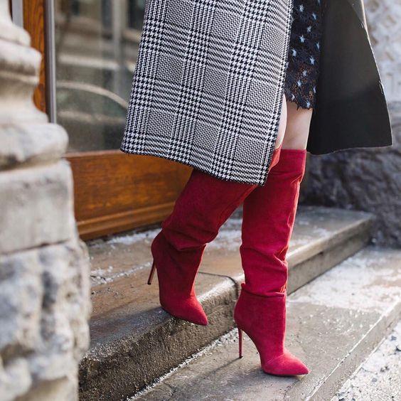 Zimowe buty o różnych fasonach