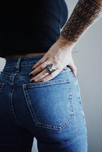 Czy dobierać spodnie damskie do figury?